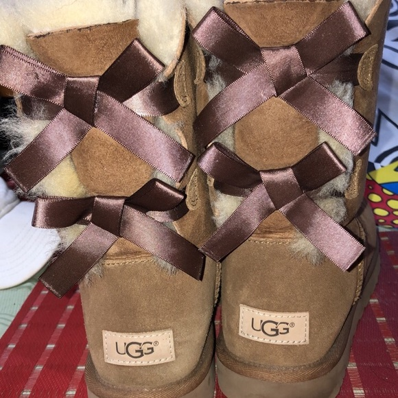UGG Shoes - Brown Uggs with Bows